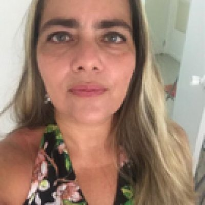 Ana Paula Medeiros1